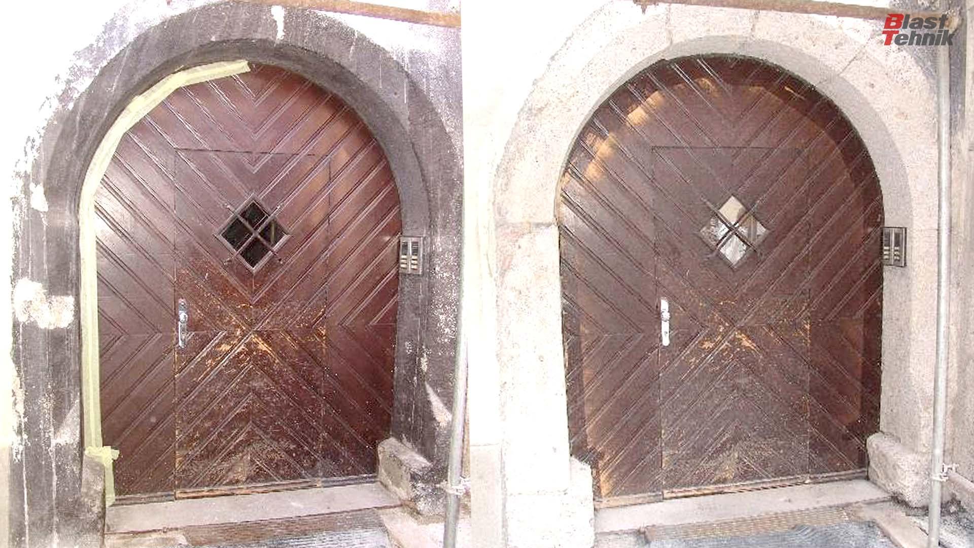 Peskanje kamnitega oboka vrat.